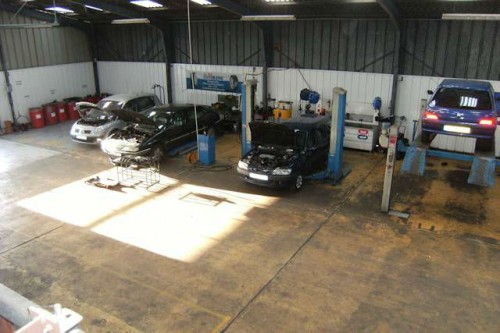 Garage automobile vendre dans le morbihan pontivy for Franchise ad garage