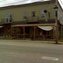 Immeuble commercial et restaurant à vendre Ferme-Neuve, Québec - Canada