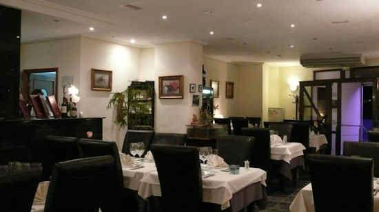 gourm-restaurant-6