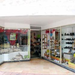 Commerce à vendre chaussures et bail vêtements, Chauffailles - Saône et Loire
