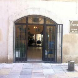 Fonds de commerce salon de coiffure à vendre Nimes centre ville - Gard