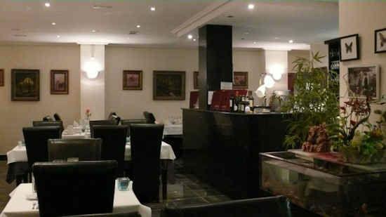 gourm-restaurant-5