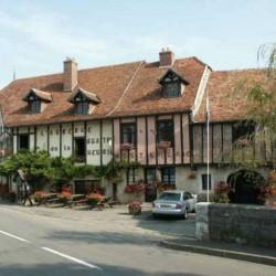Hôtel restaurant à vendre en Bourgogne - Bèze, Côte d\'Or