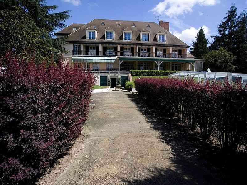 Hôtel restaurant à vendre Varennes sur Allier : Parc