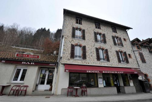 Fonds de commerce Hôtel Restaurant à vendre dans le Cantal (Laroquebrou)